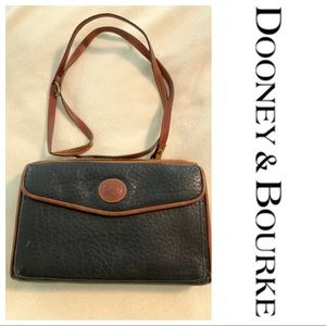 Vintage Dooney & Bourke Zip A Round Crossbody